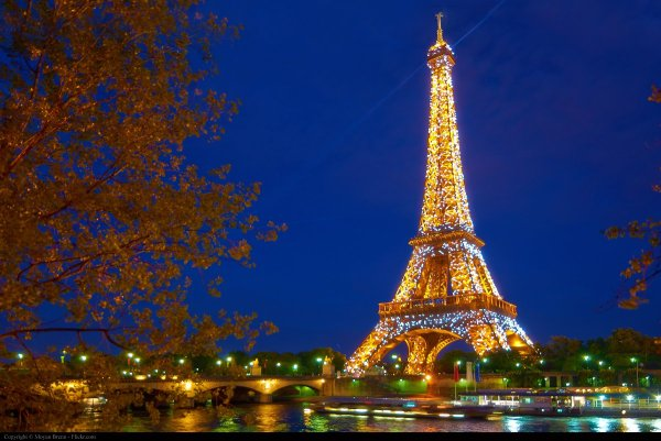 4 Romantic Places In Paris - Double-barrelled Travel
