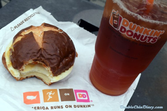 Bacon and Egg Sandwich on Pretzel Roll with Large Iced Tea - yum!