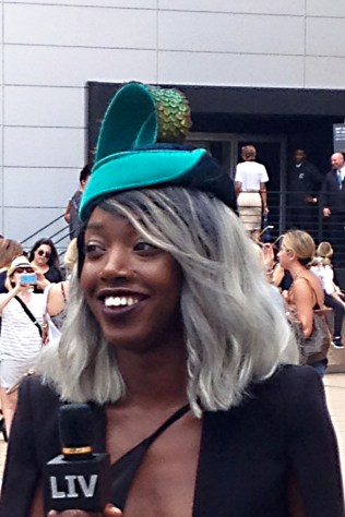 hat_greenblue