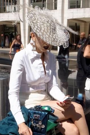 hat_white