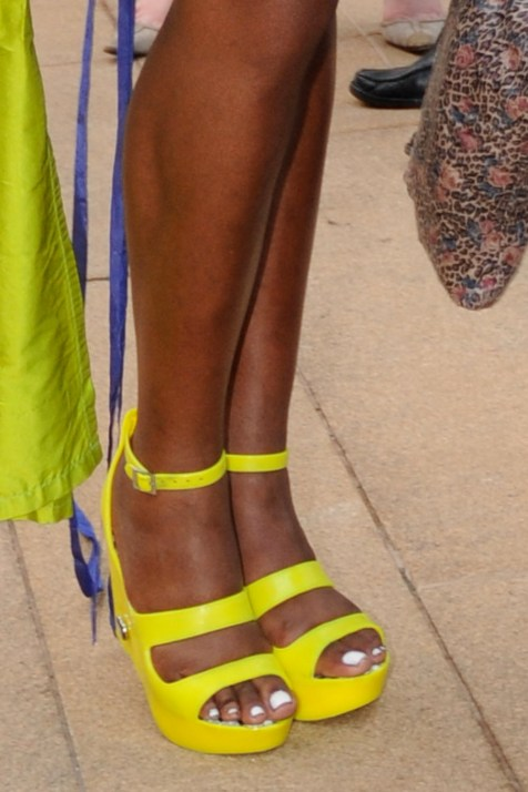 shoes_limegreen