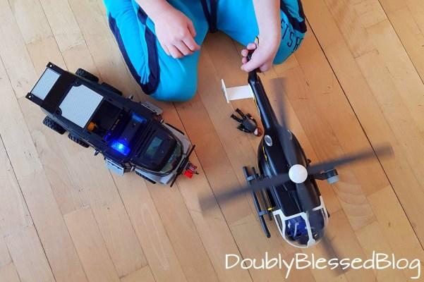Geschenkideen für 4-jährige Jungen und Mädchen - Playmobil Spezialeinheit Helikopter und Einsatzfahrzeug
