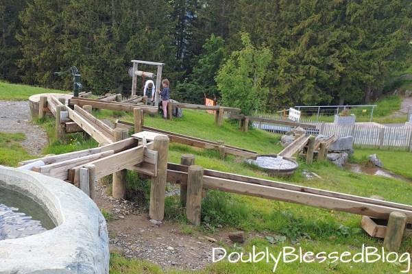 Globis Wasserspielplatz bei Ristis oberhalb Engelberg