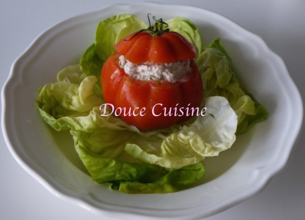 Tomates farcies aux rillettes de thon