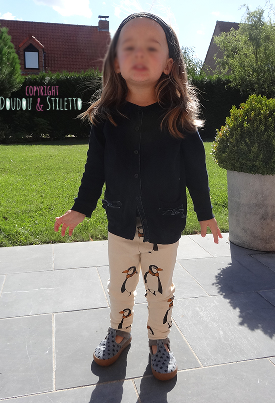 Pull IKKS, legging Mini Rodini, chaussures Pom d'Api