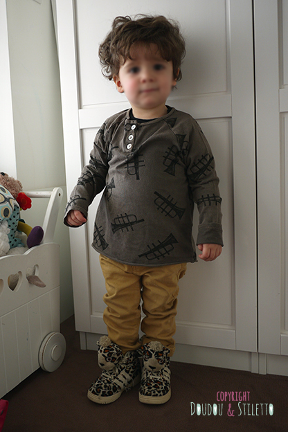 T-shirt Bobo Choses, jean Zara, baskets Jeremy Scott x Adidas