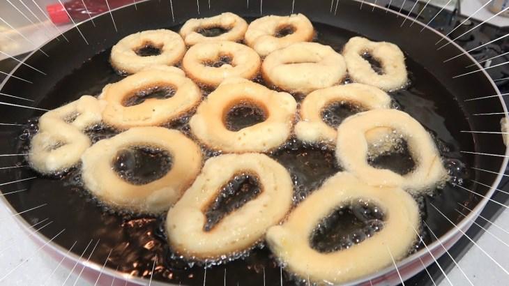 このドーナツを作る装置がすごいんですけど!!!