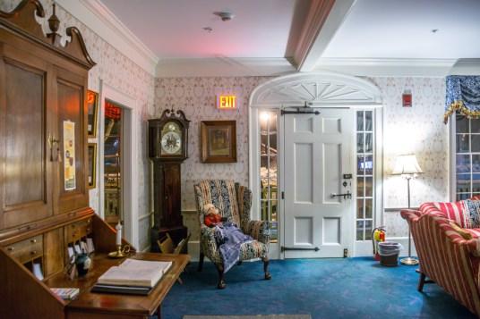 Deerfield Inn entry