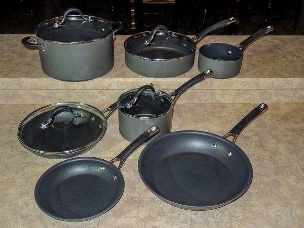Circulon Momentum cookware set showing all 11 pieces