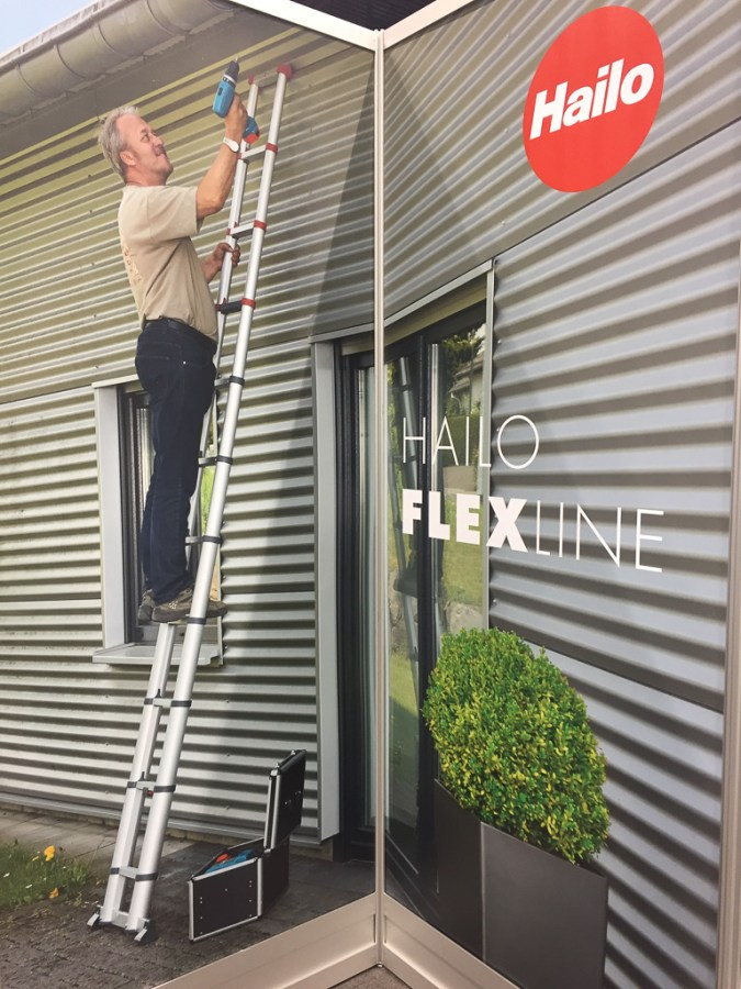 Hailo FlexLine extends to reach your gutters
