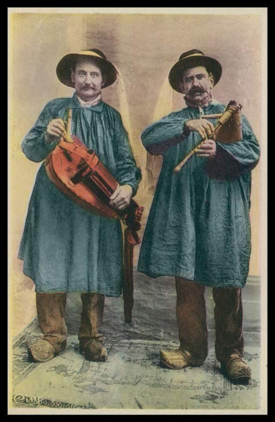 Hurdy gurdy and musette duo