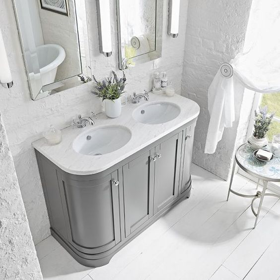 Traditional double basin with floor standing storage & his/hers inset basin