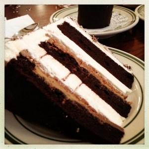 chocolate peanut butter potato chip cake