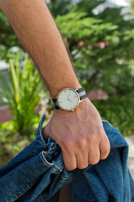 mens-hike-outfit-vince-camuto-watch
