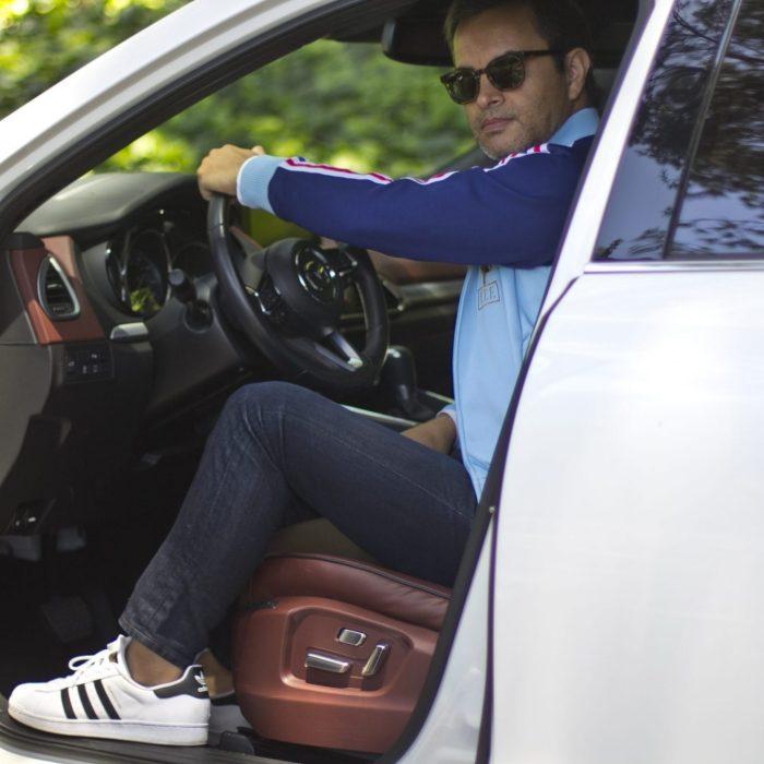 Douglas Lagos, car blogger, driving the new 2018 Mazda CX-9 Signature around Los Angeles