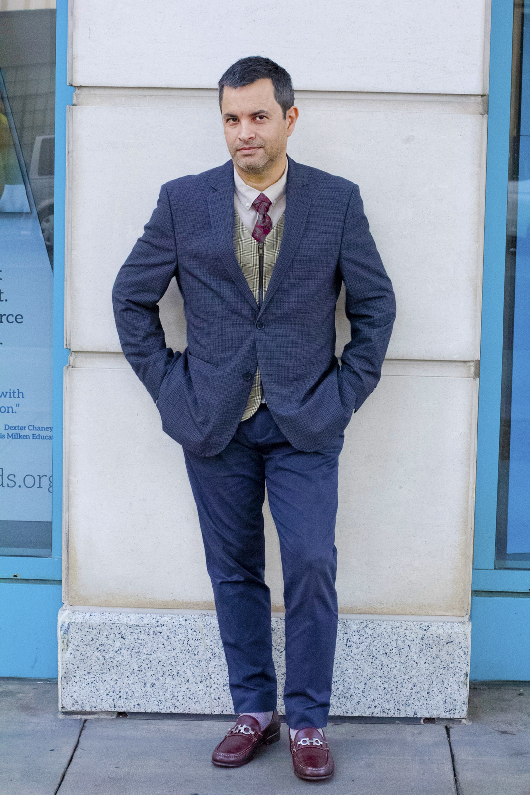 full view of my pattern suit outfit and tie