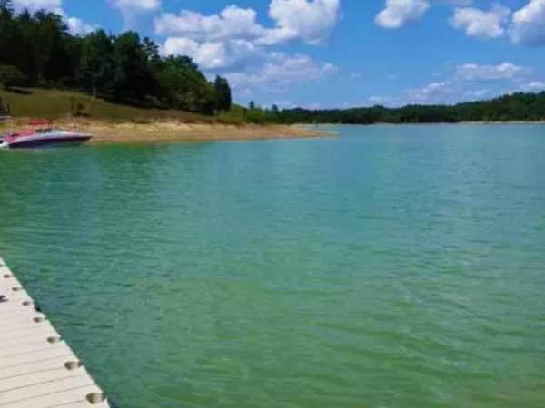 Lake-View-Home-Page-1