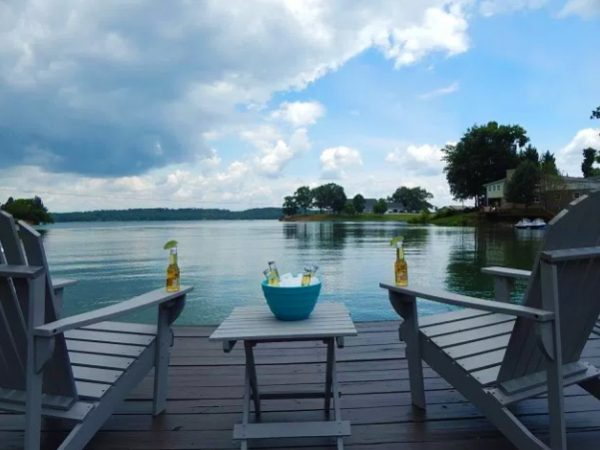 Lake-View-Home-Page-5
