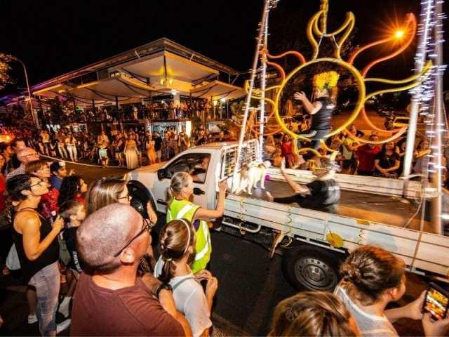 port douglas carnivale street parade