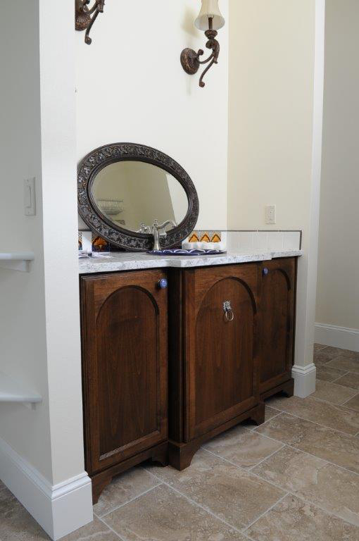 We build new custom cabinets and built-ins to fit your design ideas, needs and space. We also repair cabinets, match existing designs and install new cabinets in garages, bathrooms, kitchens, home, place of business or office.