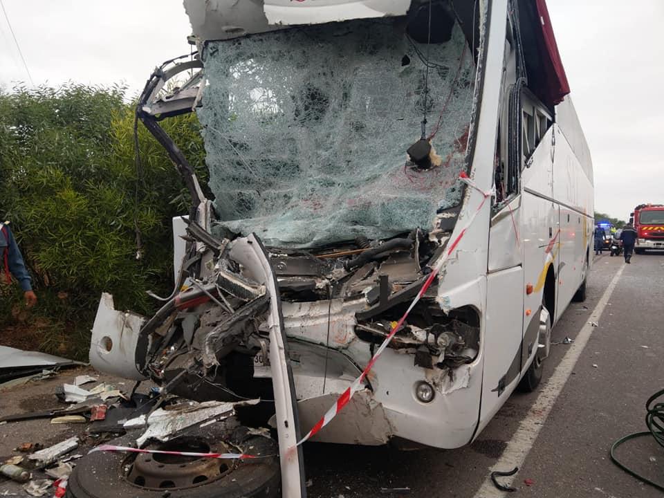 اصطدام قوي في الطريق السيار يسقط قتيلا وعدد من المصابين