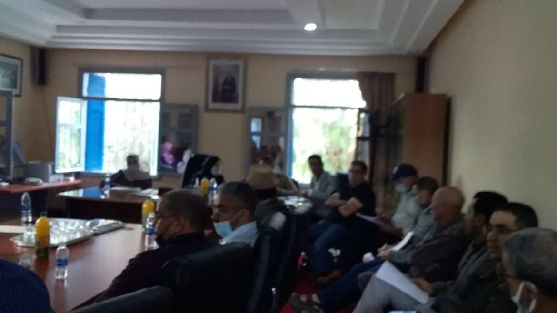 جماعة الحوزية تعقد دورة انتخاب اللجن الدائمة و سجالات قانونية بين الأغلبية و المعارضة حسمها التصويت