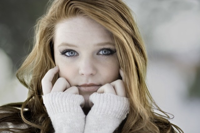 redhead-1123645_960_720