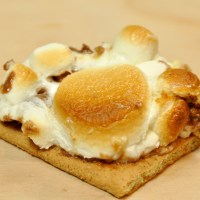 Baked S'mores Bark