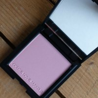 A Gentle Touch: Zoeva Luxe Color Blush