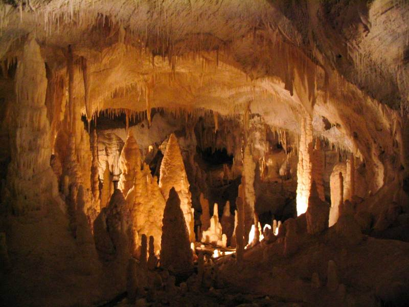 Frasassi caves inside