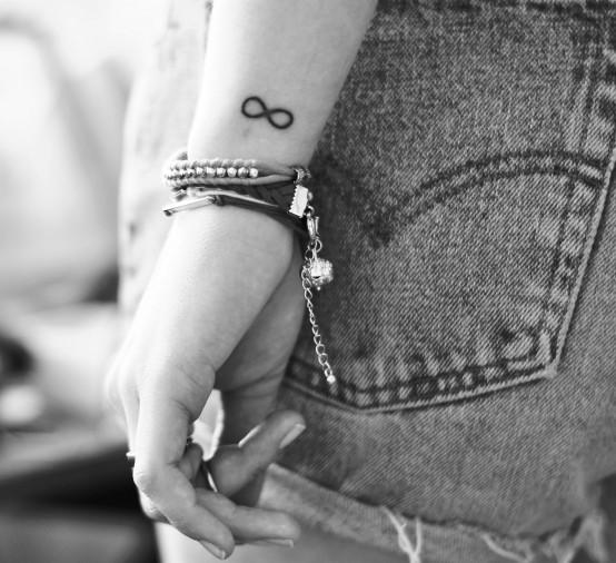 30 Çarpıcı El Kınası Desen ve Dövme Fikirleri