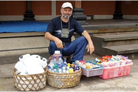 Nakupování na Bali