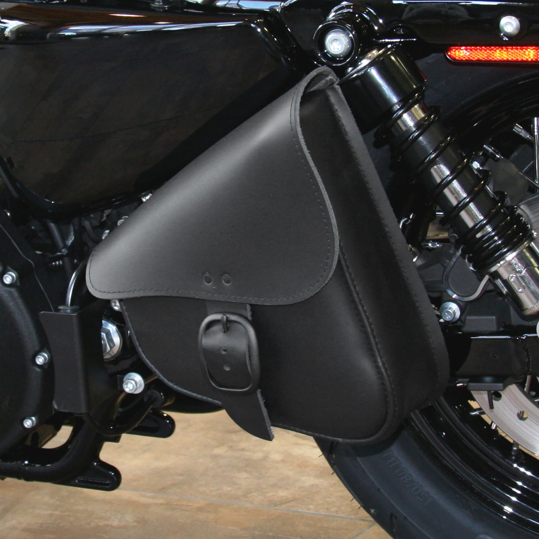 Willie and Max Swingarm bag for Sportster