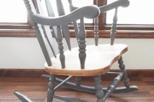 Easy DIY Rocking Chair Redo