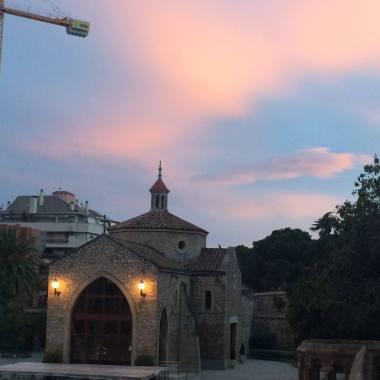 Pink sunset near Park Guell