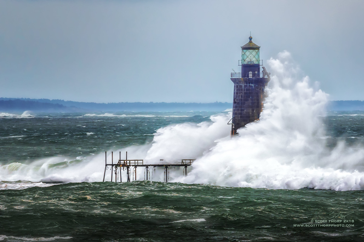 Ram-Island-Ledge-Lighthouse-by-Scott-Thorp