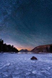Starry night frozen water