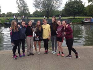 Mays W1 (minus Holly) celebrate a win at Champs Head.