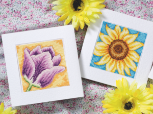 Cross stitch pattern with FREE download instantly in PDF file, to embroider flower cards