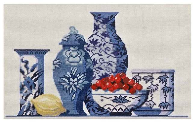 Cross stitch pattern FREE download instantly in a PDF file, to embroider blue porcelain
