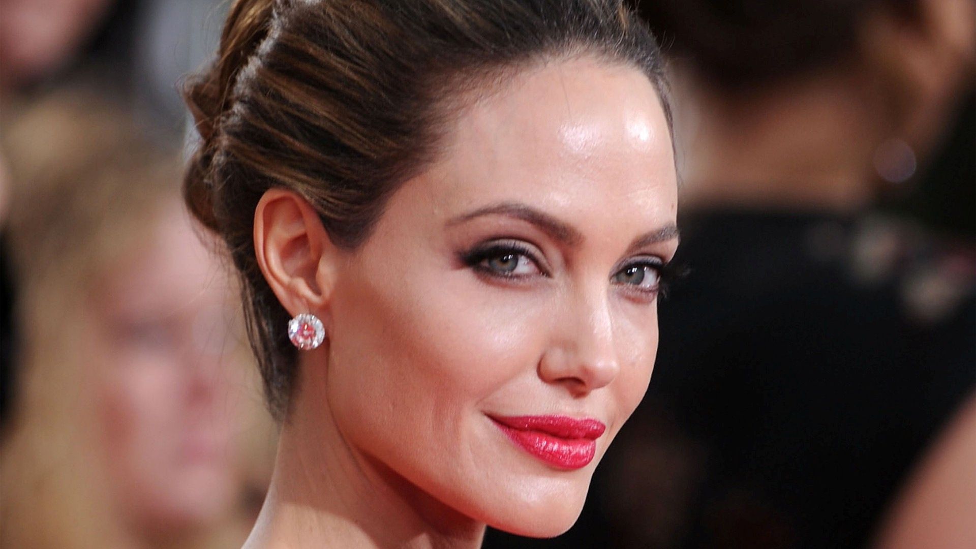 Cute Face Girl Wallpapers For Mobile Angelina Jolie Hd Download Hd Wallpaper Download Free