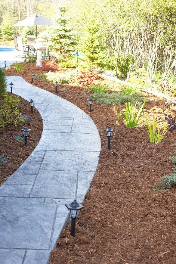 mulch types - choosing