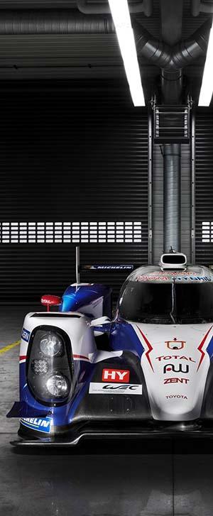 2015-toyota-ts040-hybrid-lmp1-race-car-300px