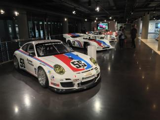 Porsche-Nordth-America-Headquarters-and-Experience-Center (10)