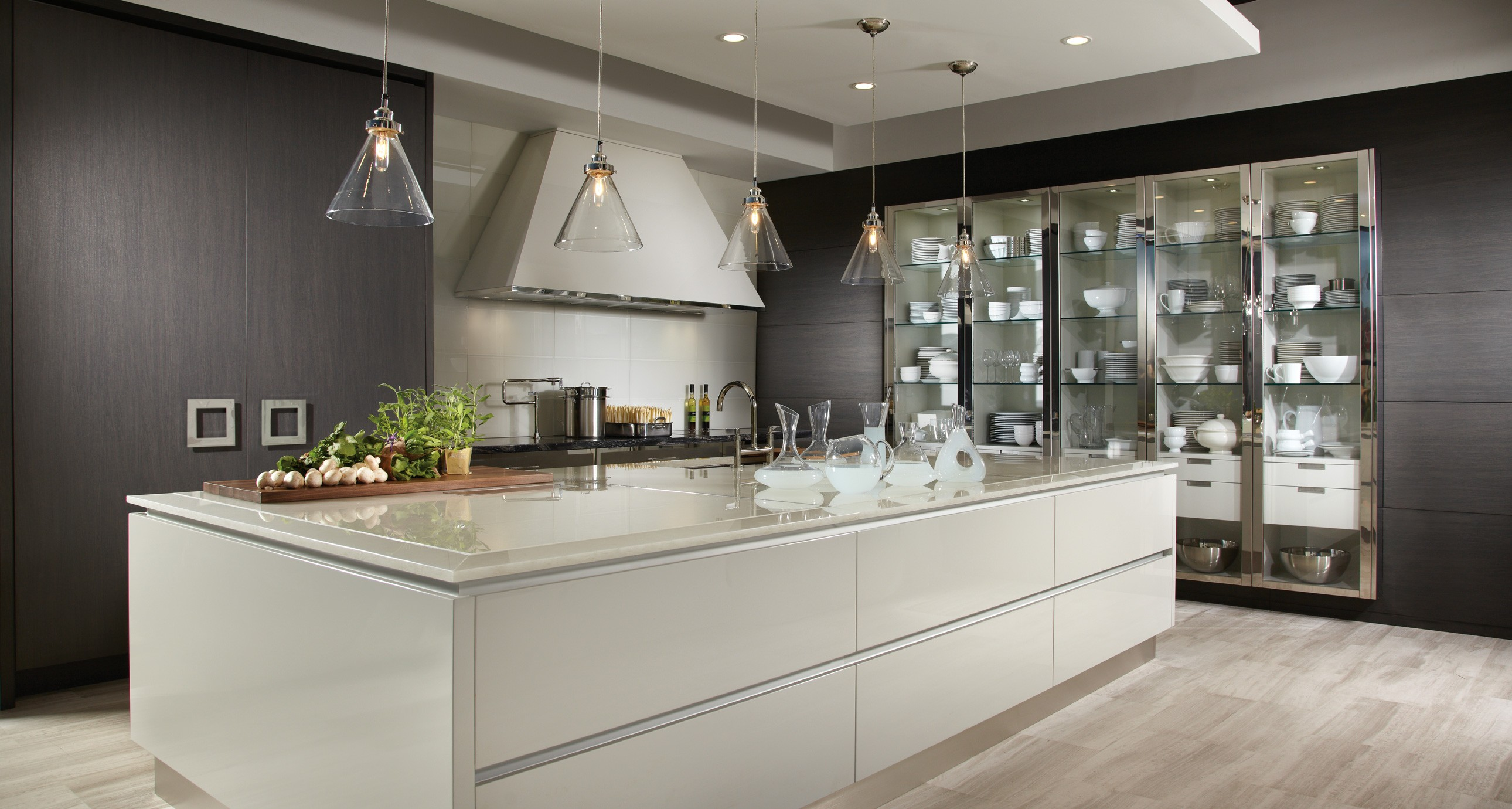 MODERN REFLECTIONS  Downsview Kitchens and Fine Custom Cabinetry  Manufacturers of Custom