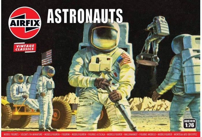 Spanning the Apollo missions to the Moon, this 59 part set includes action figures of US Astronauts and the equipment they used, including the famous Moon Buggy which was used to transport them on the Moon's surface.
