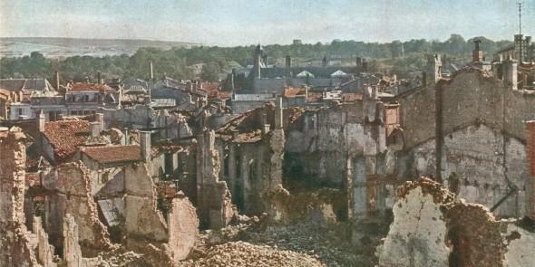 View of Verdun, 1916. Photo: Jules Gervais-Courtellemont
