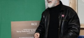 Fund Raiser in memory of Sir Terry Pratchett raises over £35,000 so far