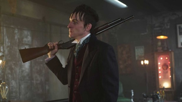 Gotham-S2-11-Worse-04