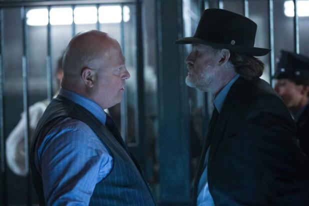 Michael Chiklis as Nathaniel Barnes, and Donal Logue as Detective Harvey Bullock